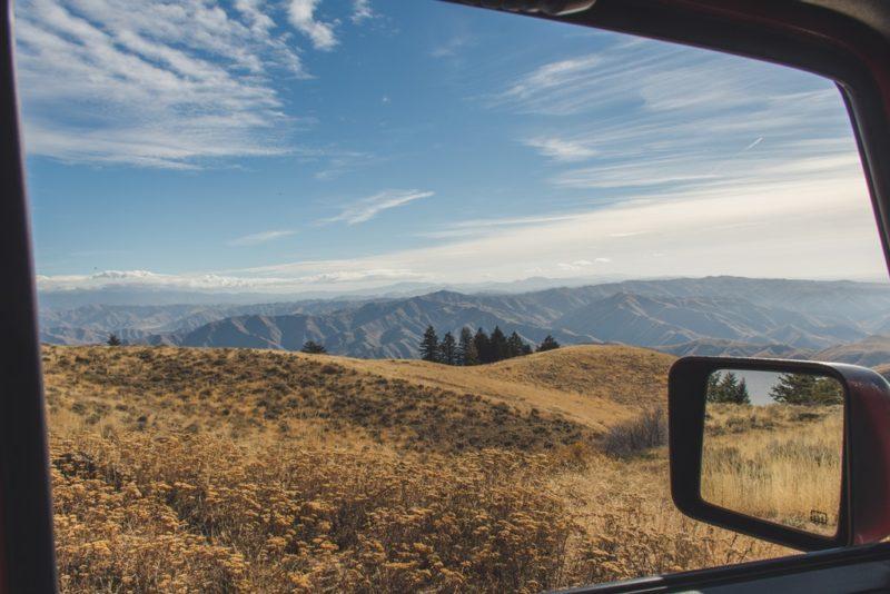 Wynajem samochodu na rodzinny wypad w góry – jaki wybrać?