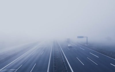 Światła do jazdy dziennej – kiedy i jak ich używać zgodnie z prawem?